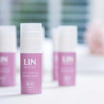 De verzachtende en hydraterende handcrème van LIN Skincare