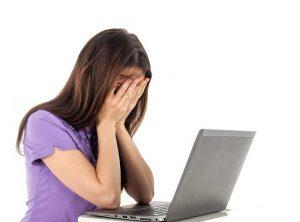 Vrouw stress tijdens werk