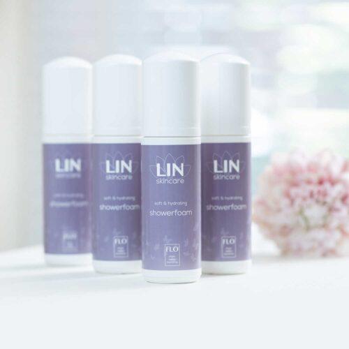 Showerfoam FLO van LIN Skincare